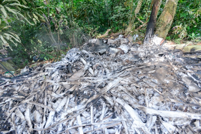 Pantai Hill trash burnt by outside people, increases toxicity in surrounding environment