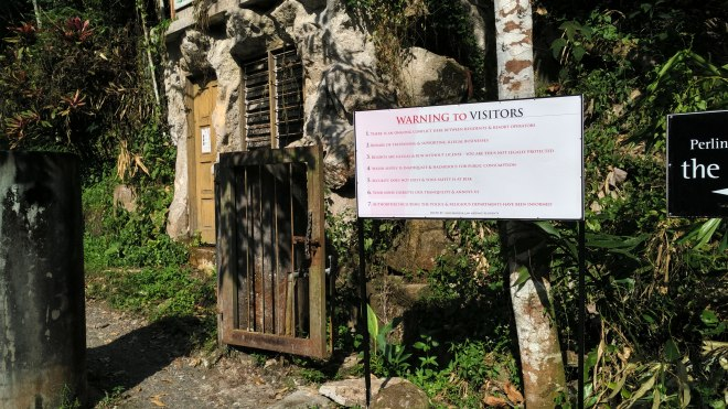 This new signage at the gate of Pantai Hill Orchard Resort was taken down 4 times in 6 days.